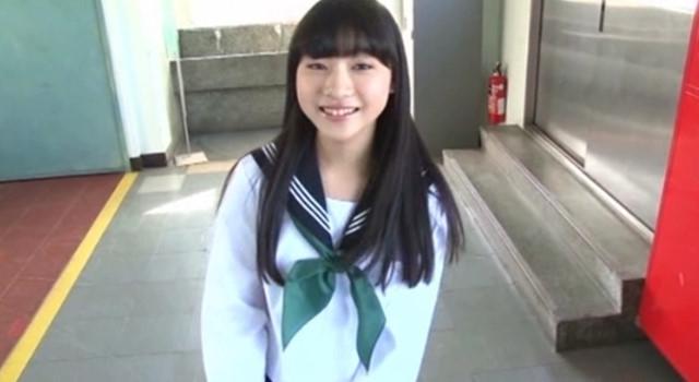 早坂美咲 制服