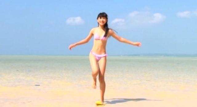早坂美咲 ビキニ